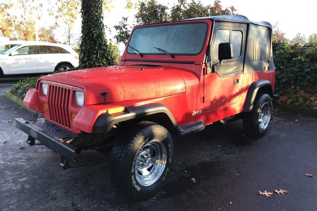 Pre-Owned 1995 Jeep Wrangler S