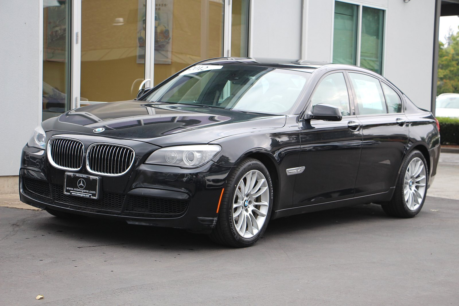 Pre-Owned 2012 BMW 7 Series 750i xDrive With Navigation & AWD